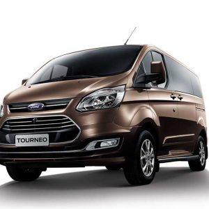 Hình ảnh xe Ford Tourneo mới vừa ra mắt tại Đà Nẵng